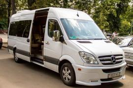 Hire a minibus with a driver in Minsk